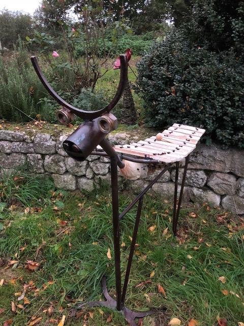 d coration de jardin sculpture musicale animaux art primitif. Black Bedroom Furniture Sets. Home Design Ideas